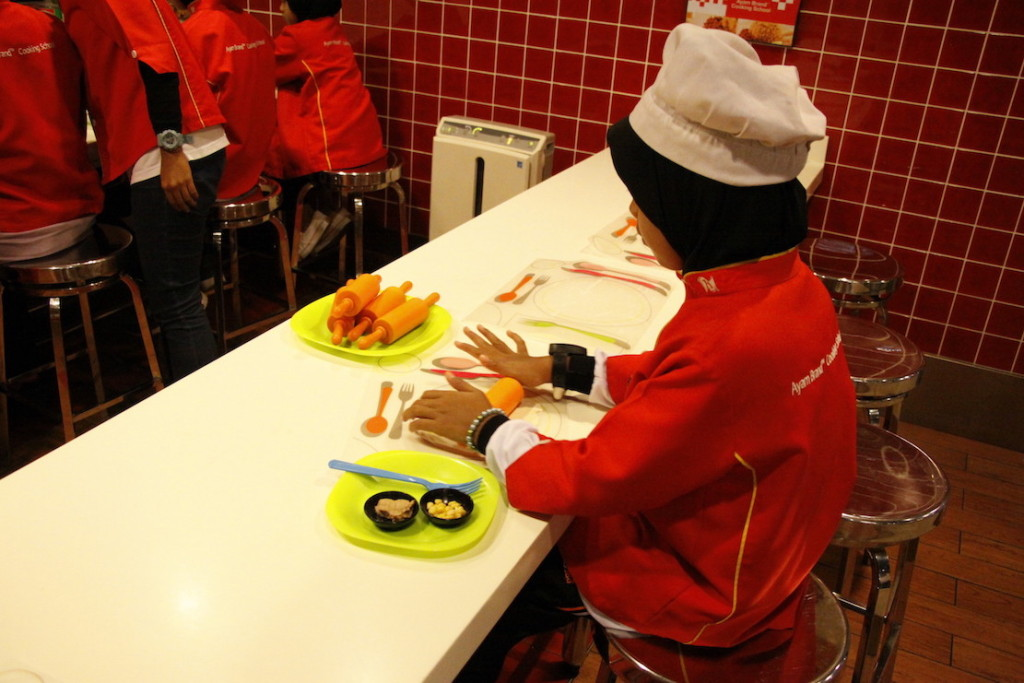 Another inspired child to be more independent by equipping culinary skills at Ayam Brand Cooking School at KidZania