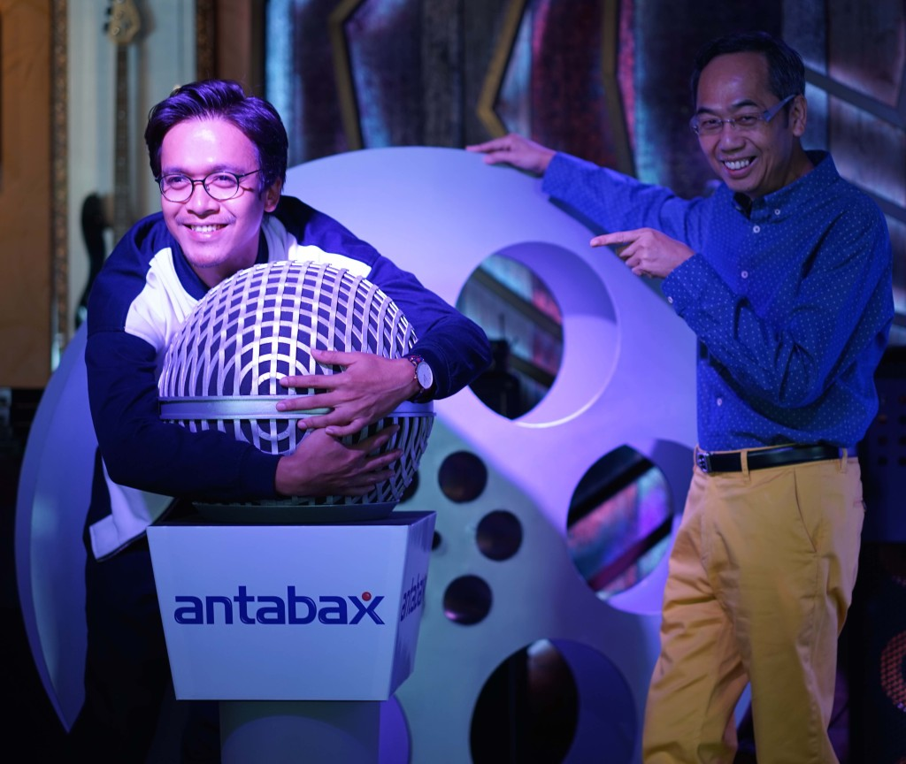 I Love Antabax! En. Azwan Kombos, CEO of Metrowealth International Group, Mejar (K) David Teo.
