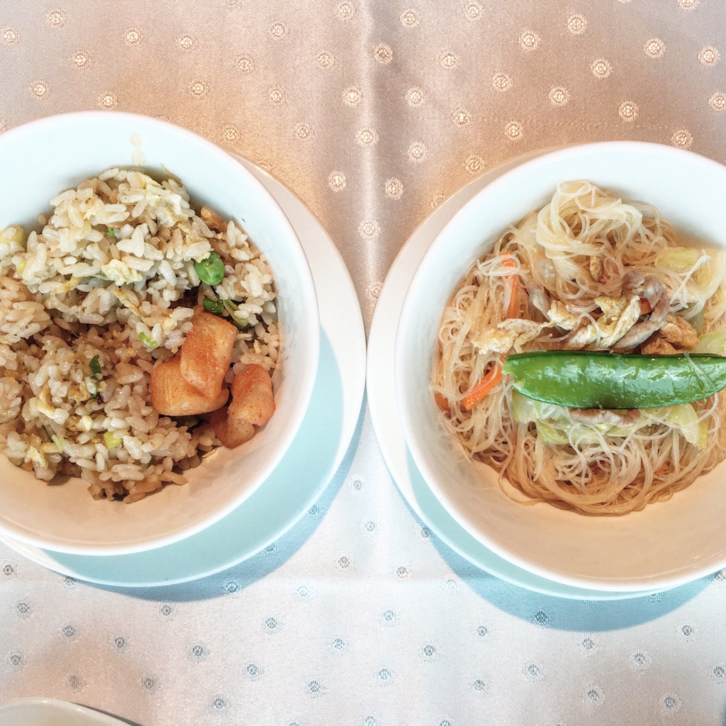 Fried Vermicelli on the right and Shinyeh famous fried rice to fill the stomach, if one could still eat