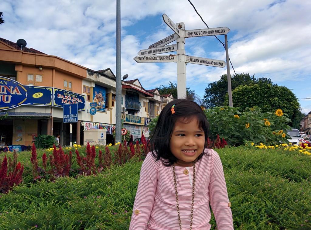 Inez, at the Kuala Kubu Bharu main round about