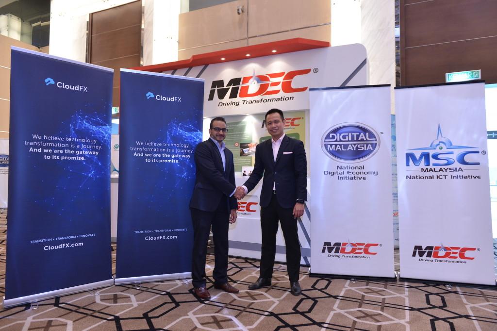 Norhizam Abdul Kadir, MDeC's Vice President of Infotech and Mohammed Sabuwala, CTO of CloudFX