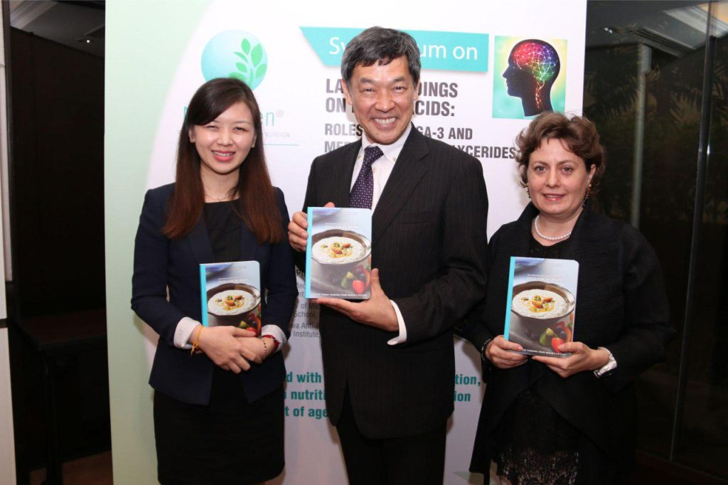 Ms Yuliana Zhang, ­Nutritionist and Workplace Health Consultant, MyKenzen, Professor Shirasawa  from the Department of Ageing Control Medicine, Juntendo University and Ms. Daniela Shiga from Juntendo University at the media briefing on Positive Role of Omega 3 and Medium-chain Triglycerides (MCTs)  For On Brain Health