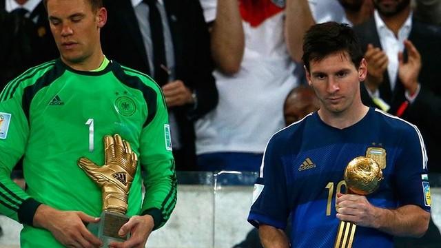 Messi, after receiving the Golden Ball Award